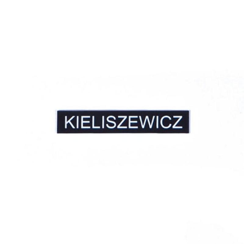 Oznaka identyfikacyjna z nazwiskiem do ubioru wyjściowego i galowego na pinsy lub agrafkę